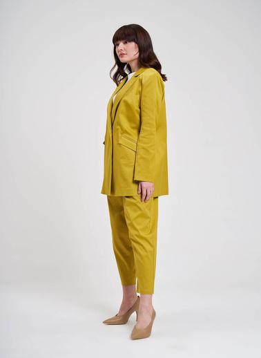 Mizalle Saten Tasarım Uzun Ceket Sarı